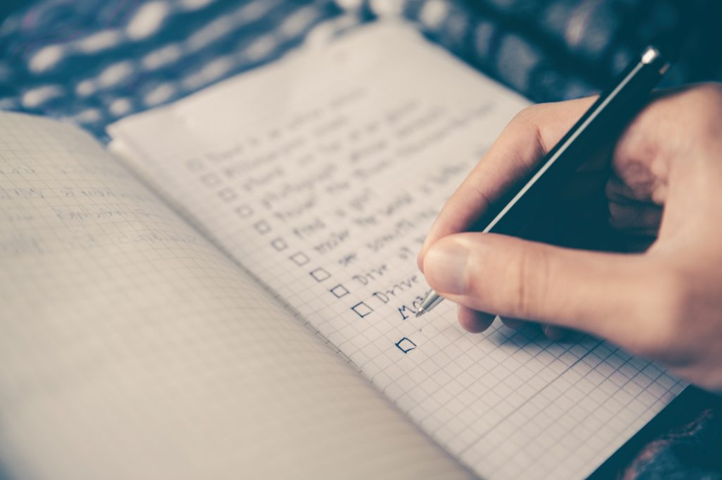 Correct goal setting techniques include setting short-term goals. Short-term goals helps motivation to achieve long-term goals. A person marking off short-term goals achieved on checklist